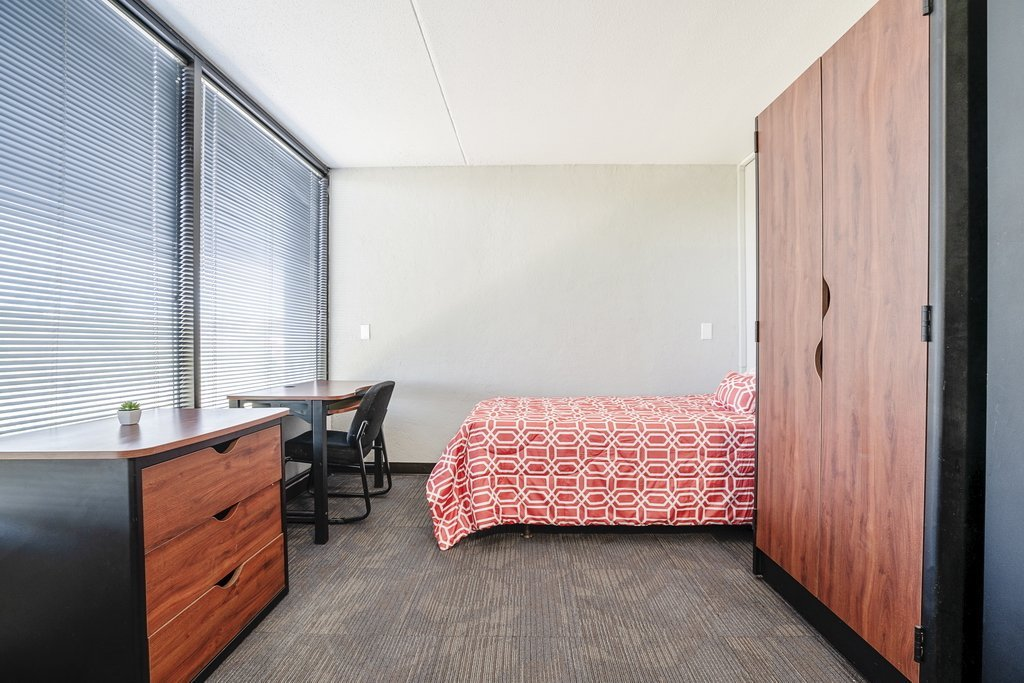Central Plaza Student Housing Suite